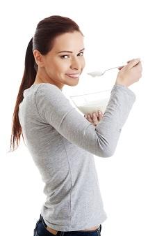 ダイエットだけじゃない!夜ヨーグルトの効果とやり方のポイント