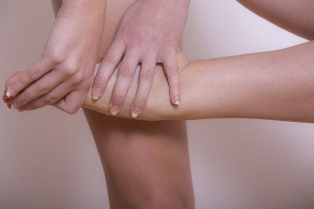 足首のむくみを何とかしたい!キュッと引き締める方法